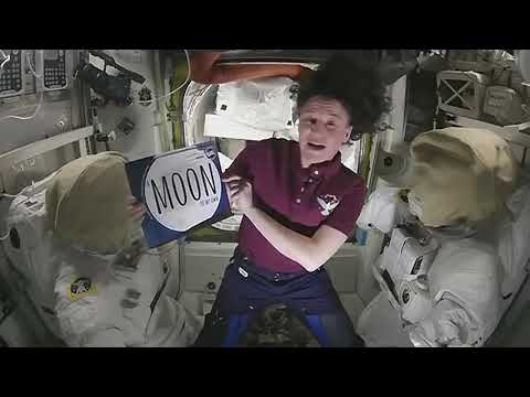 Astronaut Story Time