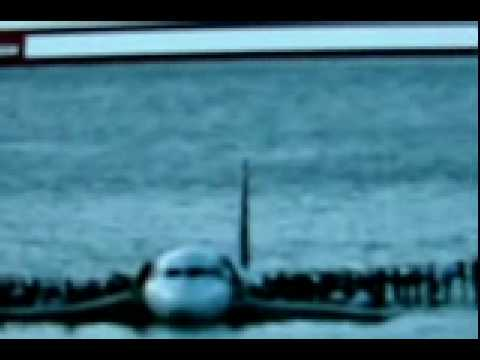 """""""Real Time"""" synced video and ATC audio of Hudson landing Pt 1 of 2"""