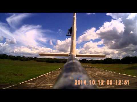 Draco Volans Aerodesign 2015 - Avião dos Calouros