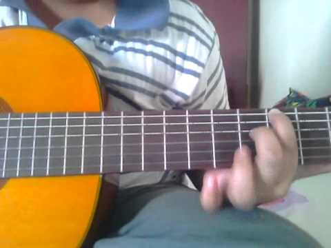 How To Play Lovebug by jonas brothers on guitar (very very easy)