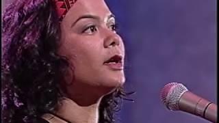 Emma Paki - Paradise