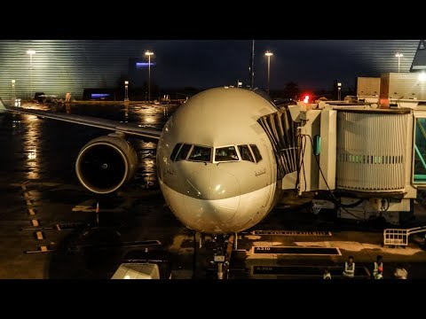 QATAR AIRWAYS FLIGHT REVIEW | Boeing 777-300ER | Phuket - Doha | Economy Class