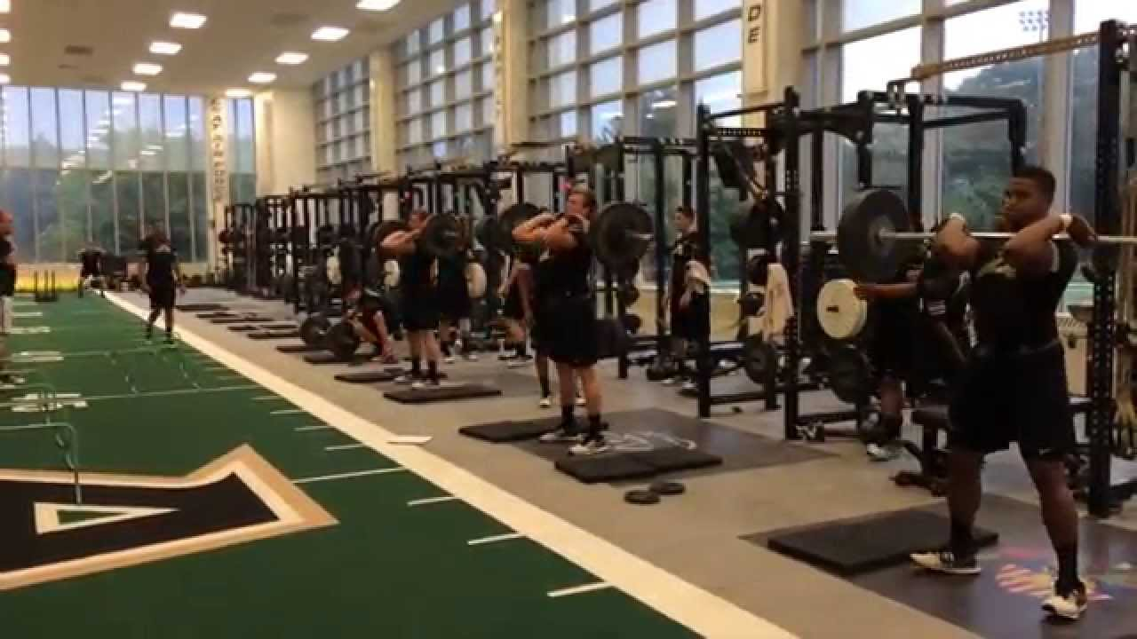 2014 Army Football Strength Training Youtube