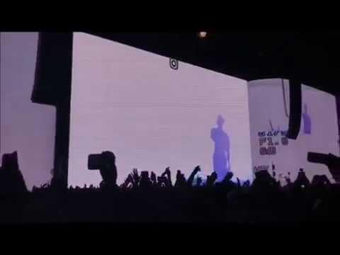 Frank Ocean - NIghts / Pink + White (live) 2017
