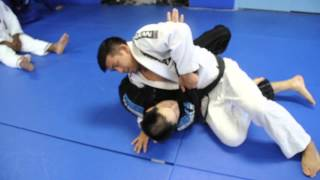 OPEN GUARD: Knee Slide (Slice) Pass Professor Kris Kim, Seoul, South Korea