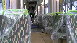 London Tramlink - First new tram arrives in Croydon