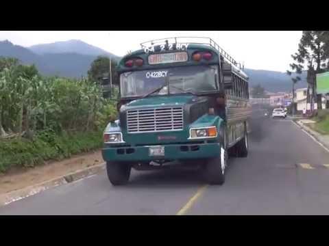 Recorriendo las calles de San Andrés Itzapa 1