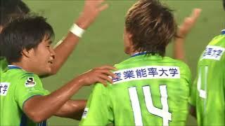 藤田 征也(湘南)が左サイドからのクロスをヘディングで流し込み、シー...