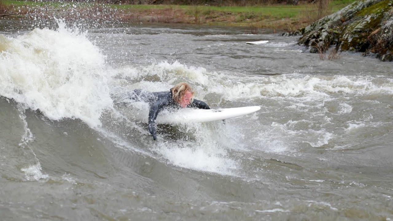 HEAVY Water on the Winooski River Vermont SURFING!