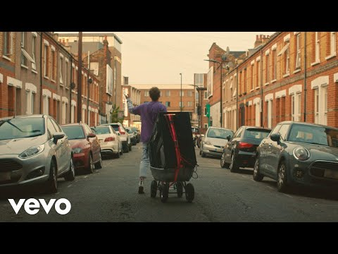 Glass Animals - Heat Waves (Official Video)