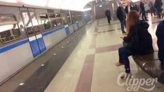 Метро митино Москва 15.05.2015 06:30......чёто подымило......(, 2015-05-15T17:18:15.000Z)