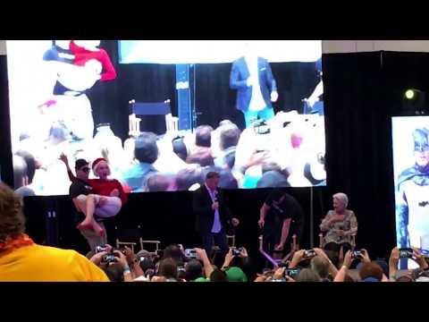 Catwoman Julie Newmar Carried by Henchman Batman 66 Panel Amazing Las Vegas Comic Con