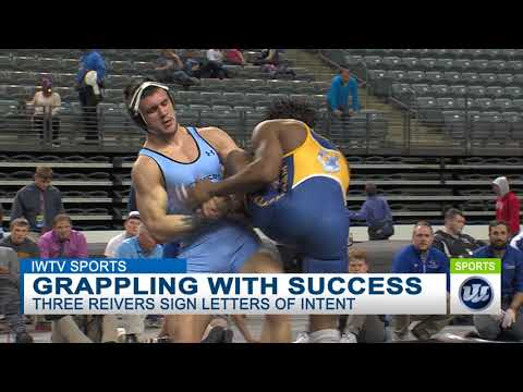 2018 IOWA WESTERN WRESTLERS SIGN LETTERS OF INTENT