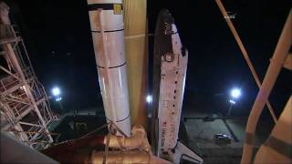 STS-133: Shuttle Discovery rolls to LC-39A for final mission
