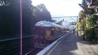 NSWGR 620/720 Railcar departing for Katoomba