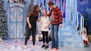Katie Taylor surprises boxing fan Ella on the Toy Show! | The Late Late Toy Show 2019 | RTÉ One Video