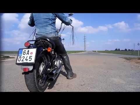 Yamaha Virago 125 straight exhaust sound