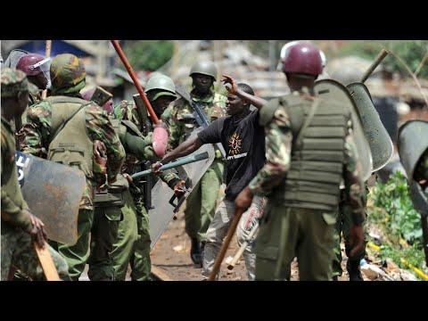 Kenya: Tear gas and violence at dawn in Nairobi's Kibera slum as polling stations open