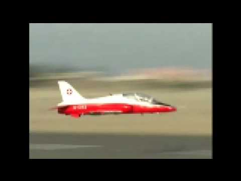 DAVID SHULMAN 'S VISIT TO KUWAIT PART 1 .KUWAIT JET TEAM.