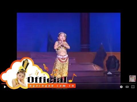 Bé Ngọc Ngân biểu diễn lúc 3 tuổi