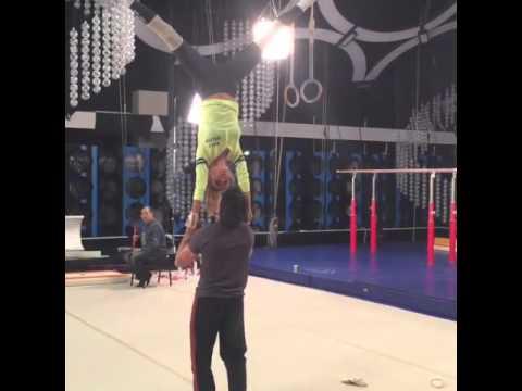 Виктория Боня на тренировке шоу Без страховки2