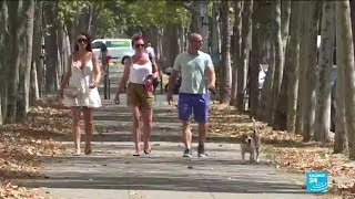 Paris goes green to beat the heat