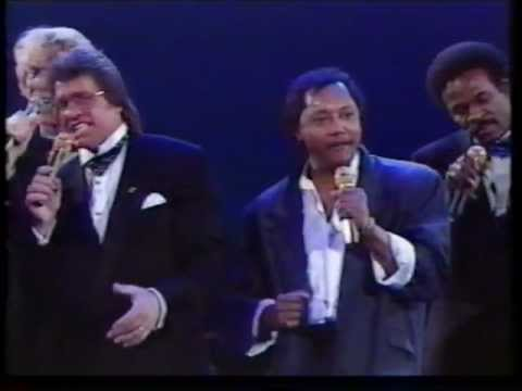 Lee Towers & Labi Siffre - Something inside so strong (Gala of the Year 1988)