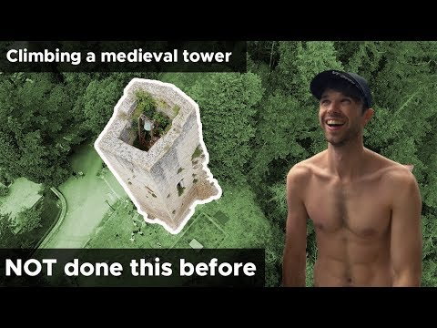 Climbers try scaling medieval ruins || Frasassi Climbing Festival || BoulderingBobat