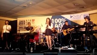 Isyana Sarasvati - Keep Being You (Live at Java Jazz Festival 2015)