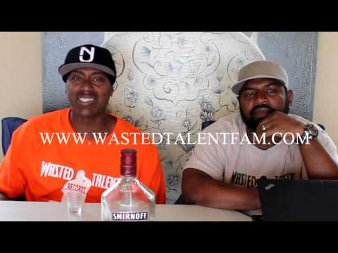 SMIRNOFF POMEGRANATE LIQUOR REVIEW COOL FROM THE AVE And FELL PEEPZ