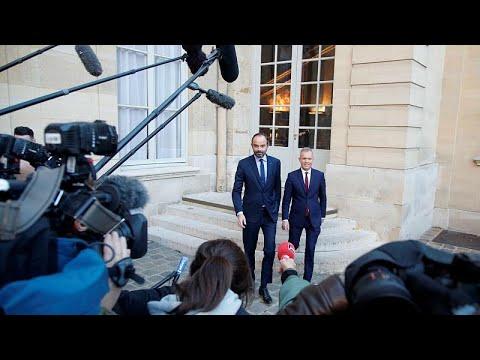'Yellow Vest' representatives meet French PM