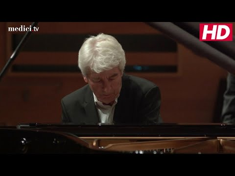 Kent Nagano, with Jean-Philippe Collard - Ravel: Piano Concerto for the Left Hand