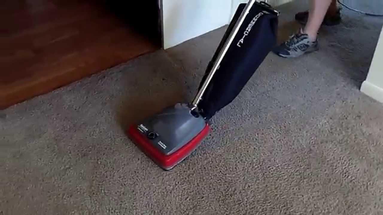 Sanitaire Sc679j Pre Vacuuming Before Carpet Cleaning