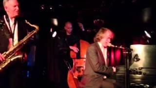 Helge Schneider - Quasimodo 20.12.12 - Weihnachtskonzert - I LIKE NEW YORK IN JUNE, HOW ABOUT YOU?