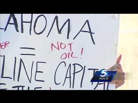 Dozens protest Oklahoma's Oilfield Prayer Day