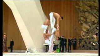 Circus trapezists perform for Pope Benedict XVI in the general audience