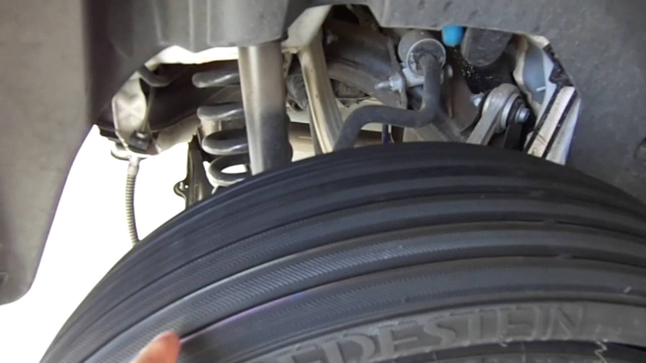 Inflating glk flat spare tire youtube for Mercedes benz flat tire