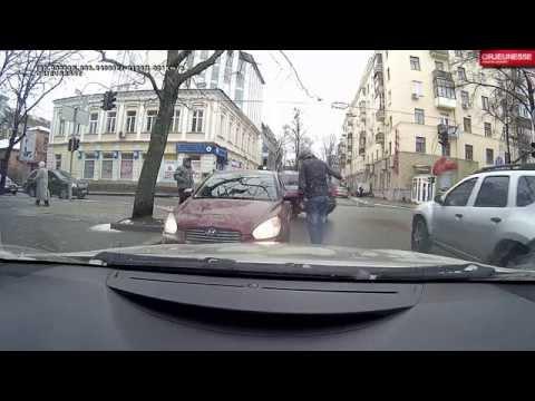 devushki-foto-polnie-zhopi