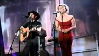 Brad Paisley and Alison Krauss   Whiskey Lullaby  Live 2004 ACM Awards stereo  SD