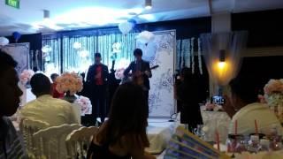 Video Charlie Lim X Sezairi - Light Breaks In @ sezairi/syaza's wedding download MP3, 3GP, MP4, WEBM, AVI, FLV April 2018