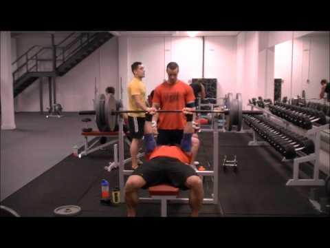 AnimalBarbell Gym - narrow grip bench-press 03 06 2012