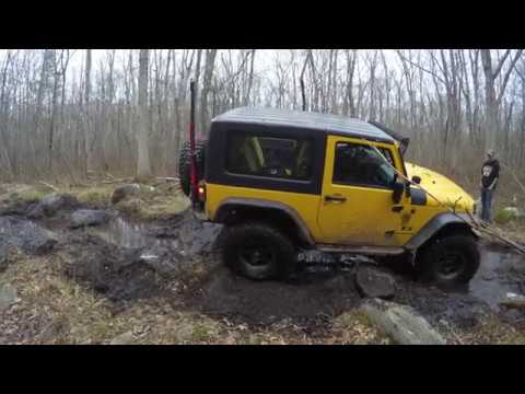 The last trail @ the Ocean State Jeepsters Annual Toy Run