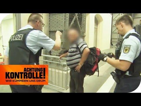 'Heil H*****!' Mann brüllt rechtsextreme Parolen im Bahnhof! | Achtung Kontrolle | kabel eins