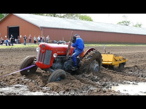 Massey Ferguson 65 Gets Totally Stuck in The Muddy Waterhole at Event   Ferguson Days 2016