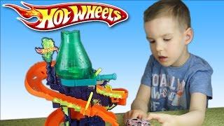 Обзор игрушек. Трек Hot Weels Научная лаборатория. Color Shifters. Машинка меняет цвет. Nick TURBO