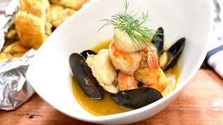 Seafood Stew & Garlic Bread