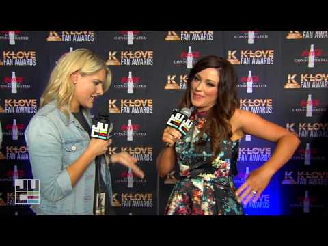 Kari Jobe | Red Carpet | K-LOVE Fan Awards 2017