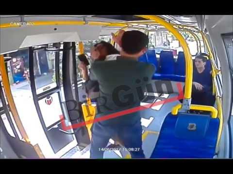 Pendik'te minübüste genç kıza saldırı!