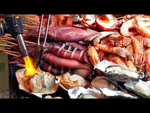 Japanese Street Food: Oysters, Wagyu Beef, Lobster, Scallops - Tsukiji Fish Market