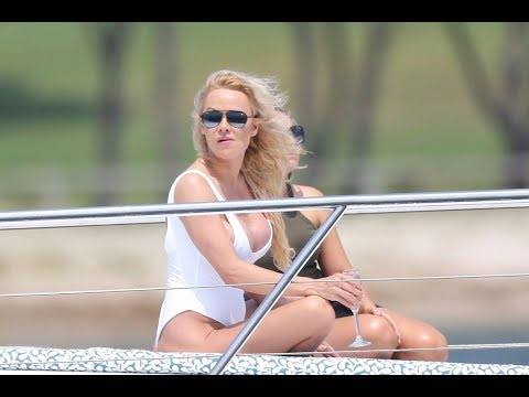 Pamela Anderson, 52, Stuns In Swimsuit On Luxury Yacht  - Fox News